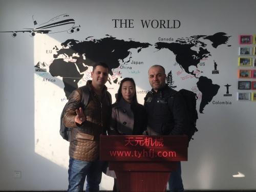2016年1月20日阿尔及利亚客户来厂洽谈硬质棉设备